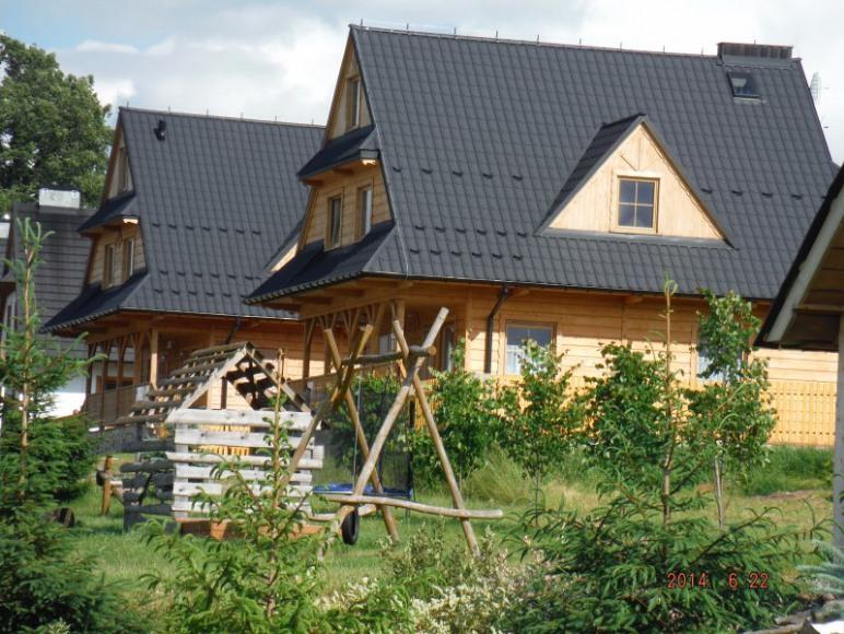 domki z otoczeniem