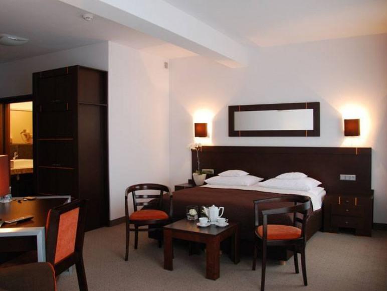 Hotel **** - Restauracja STARY TARTAK
