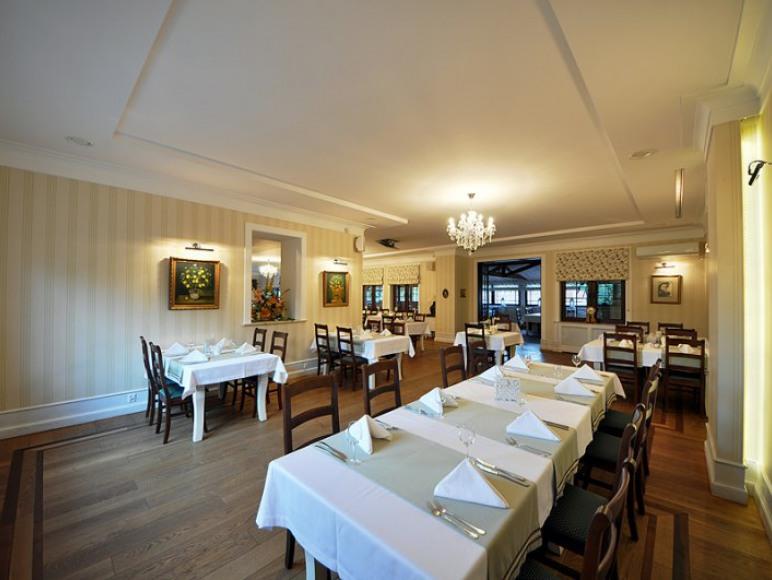 Pensjonat i Restauracja Rozanna
