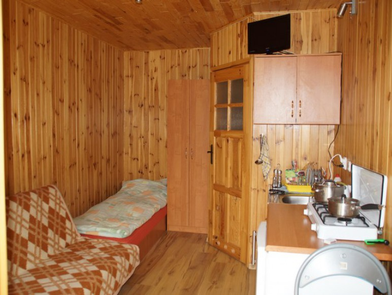 Pokój 2 osobowy (w głębi drzwi do łazienki)