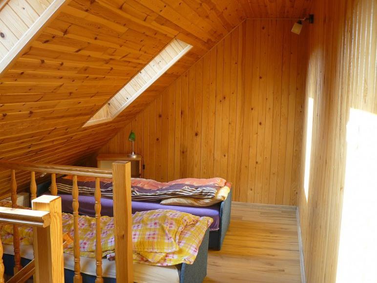 Pokój 4 osobowy - piętro (poddasze)