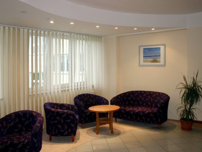Ośrodek Sportowy i Konferencyjny - Hotel Miętne