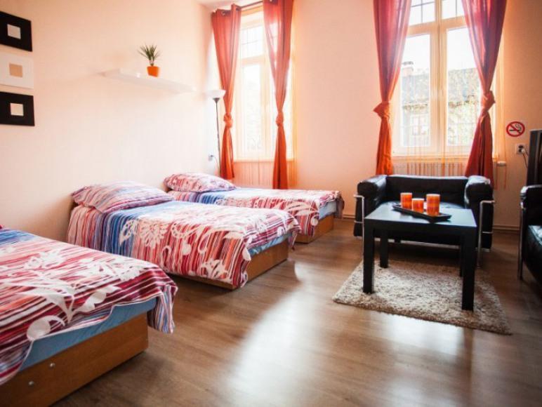 Pokój 3-osobowy typu Basic ze wspólną łazienką
