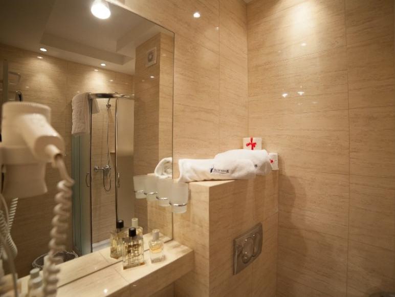 Pokój- łazienka