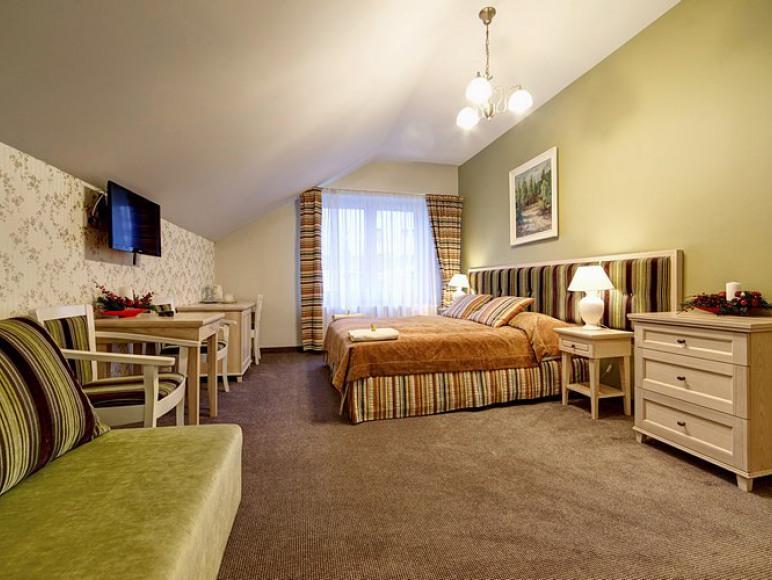 duży pokój w apartamencie