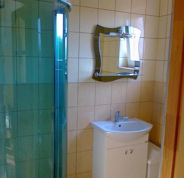 Łazienka w pokoju nr3