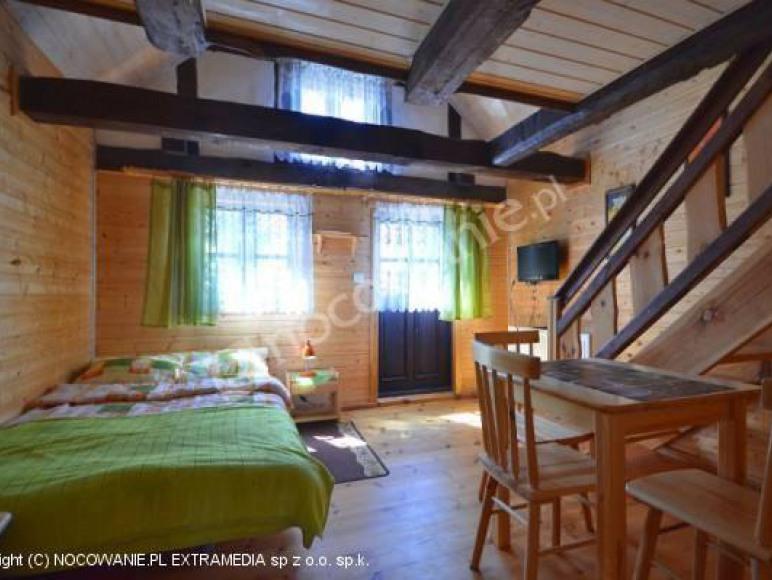 Pokój 4 os. z antresolą i balkonem