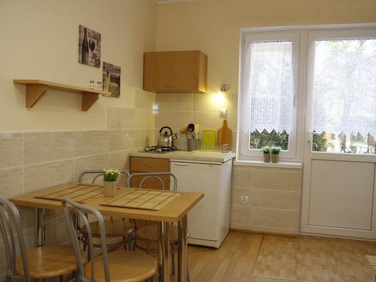 aneks kuchenny w pokoju dla 2-3 osób w osobnym domku