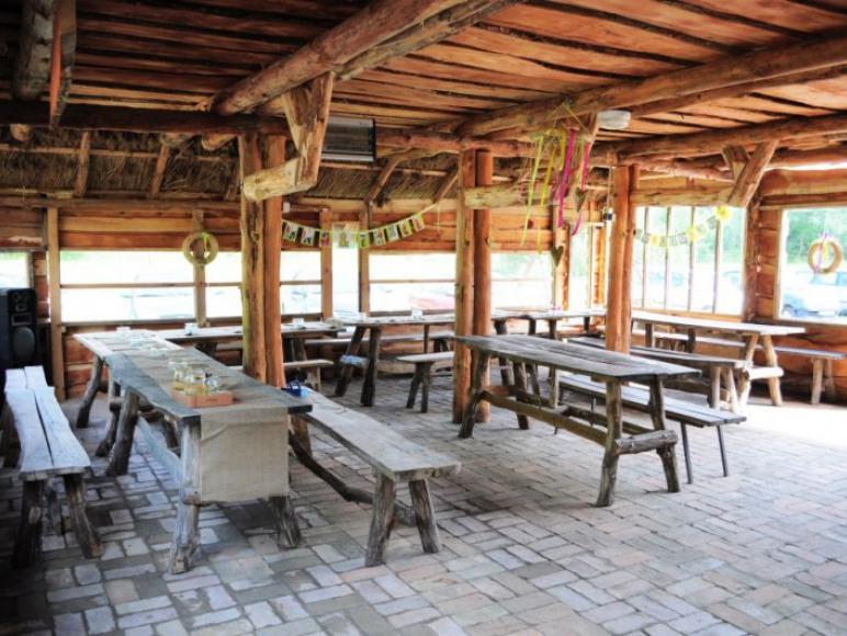 Bar Maya na Campingu