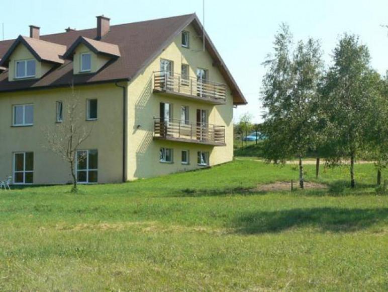 Maja w Zielonej Dolinie