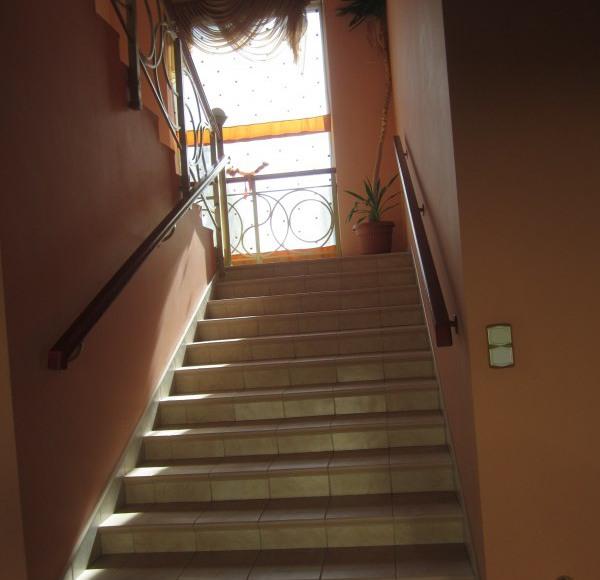 szerokie wejście na Ipiętro