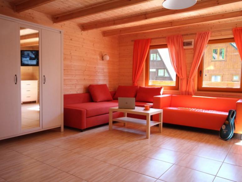Pomarańczowy Wakacje w domkach nad morzem w Sztutowie