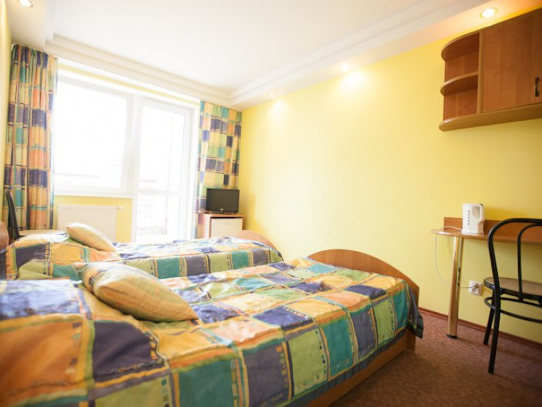 Pokój 2-osobowy z balkonem. Jasny i słoneczny.