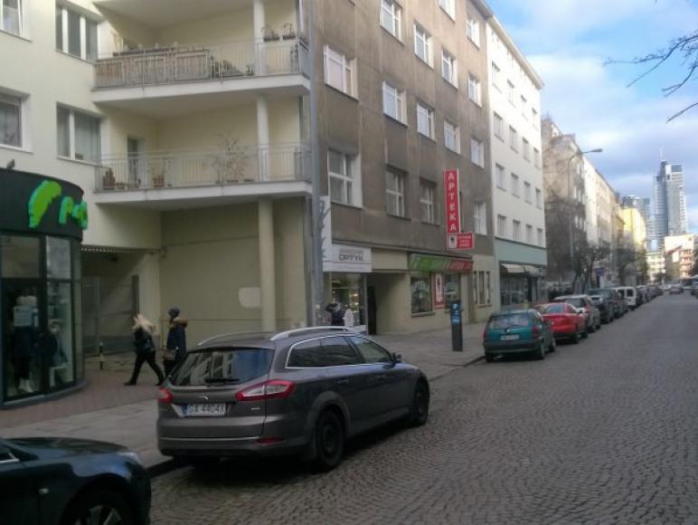 Widok ulicy Starowiejskiej - widać Sea Towers