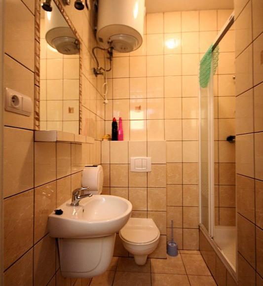łazienka do 3-ki obok