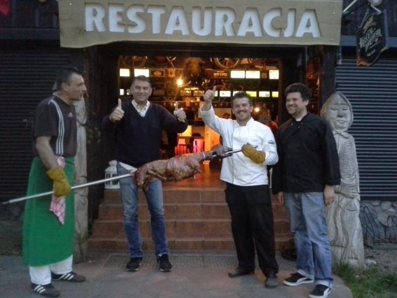 Kucharze przed Restauracją