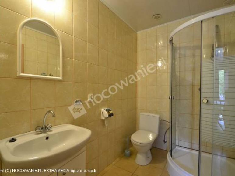 łazienka w domku 7os