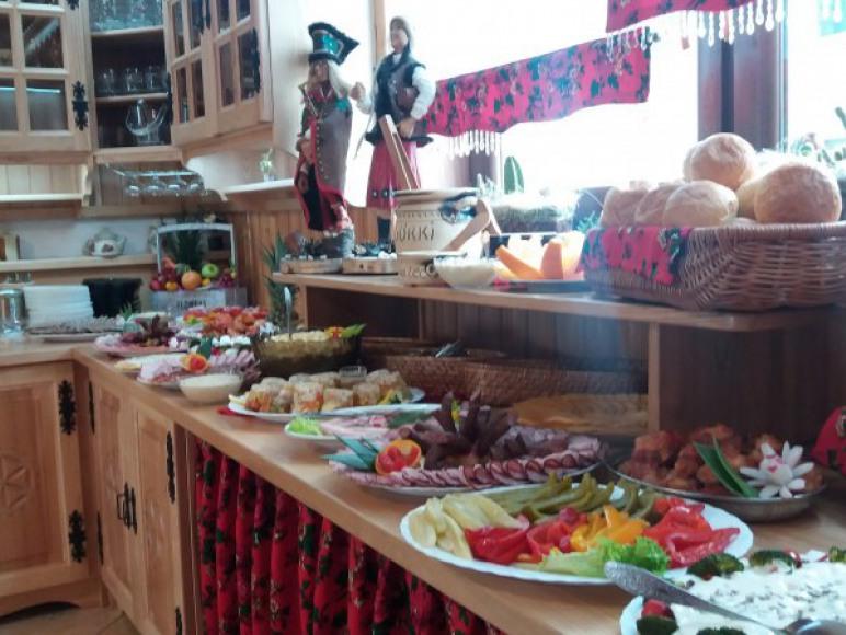 Śniadania w formie stołu szwedzkiego