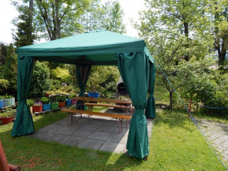 Namiot z grillem