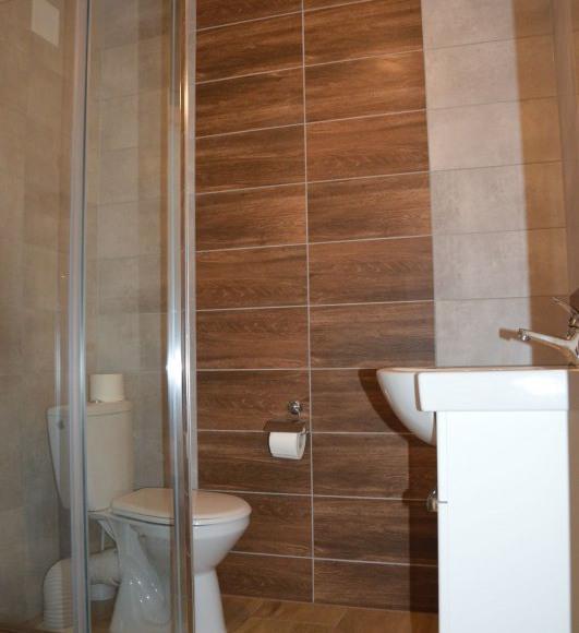 Łazienka w apartamencie B