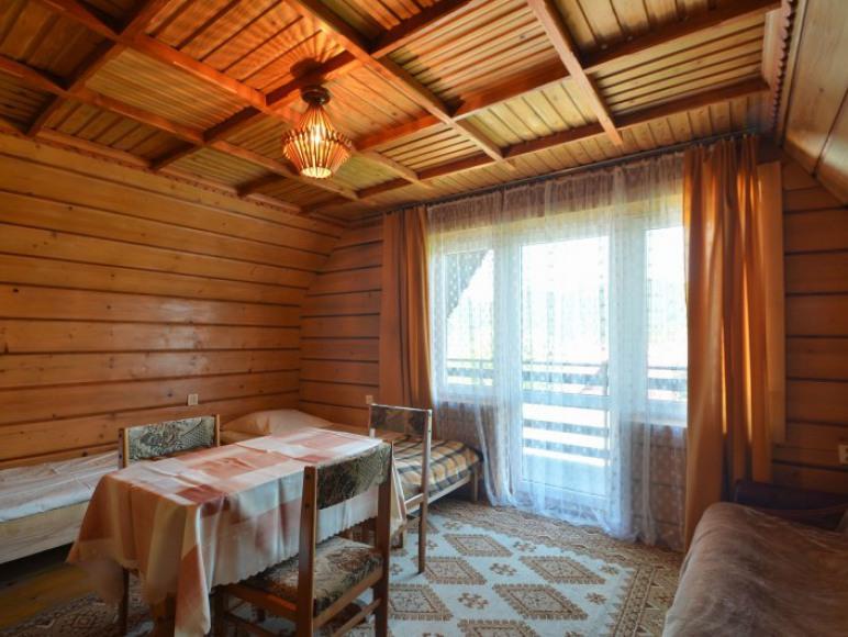 Pokój 4-osobowy na osobnym piętrze