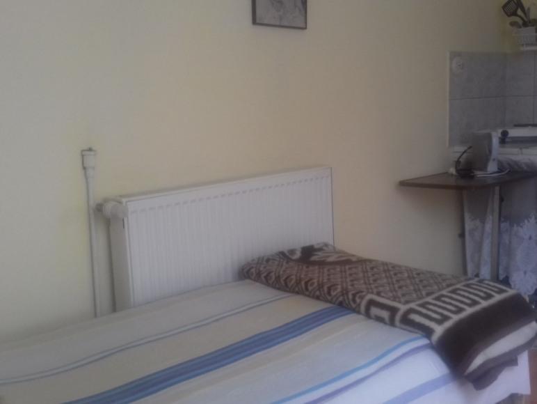 sypialnia z wnęką kuch.