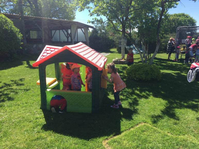 Domek dla dzieci do zabaway