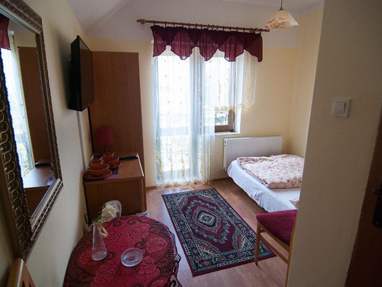 Pokoje Gościnne Pod Cyprysem