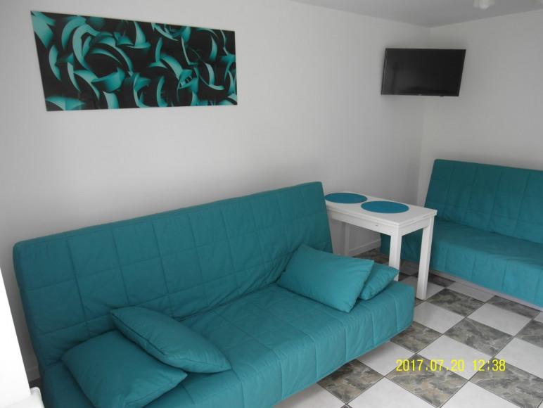 Wiekszy pokój (wejściowy) - mieszkanie turkusowe