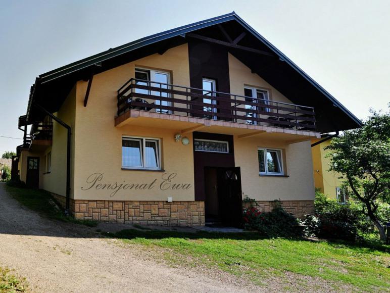 """Dom Gościnny """"EWA"""" - wypoczynek w Bieszczadach"""