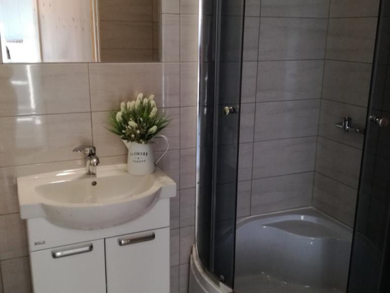 łazienka w domku Milka2