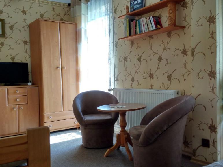 pokój nr.3 z małym balkonem