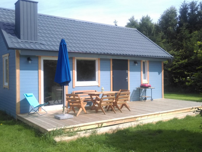 6-osobowy domek niebieski