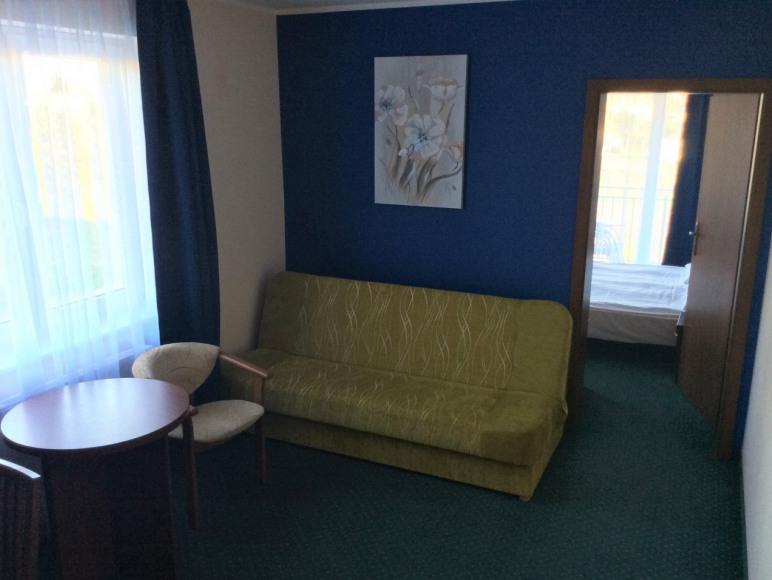 apartament 2 pokojowy z pokojem przejściowym