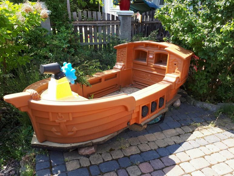 statek do zabaw dla dzieci
