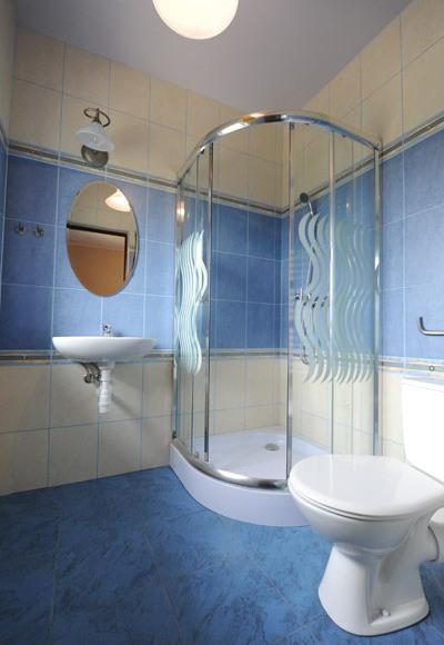 pokój dwuosobowy - łazienka