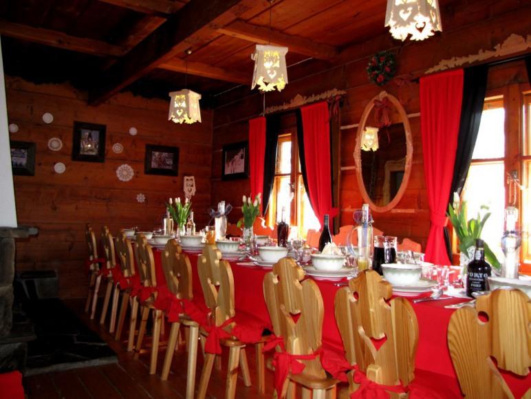 Bajkowa Chata - Domki Nr 1, 2 dla 6 - 24 osób