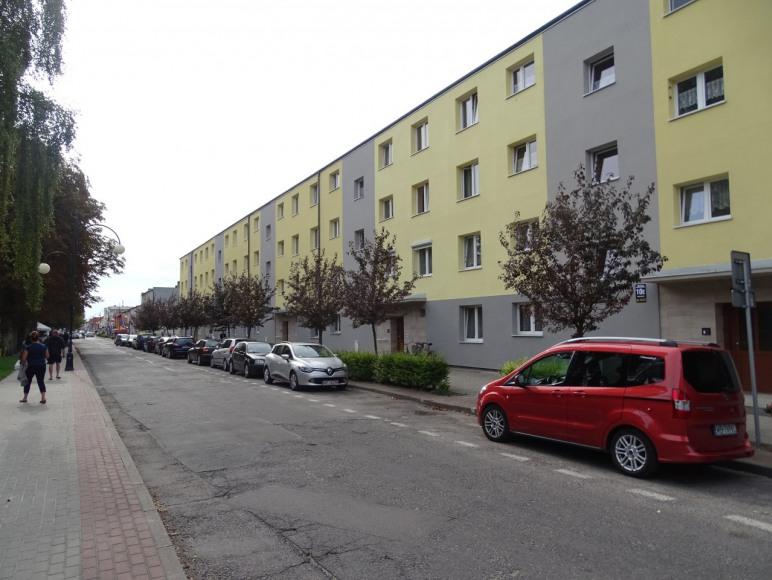 Przed budynkiem