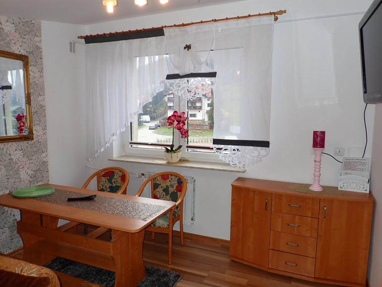 apartament 3 pokojowy /pok 2