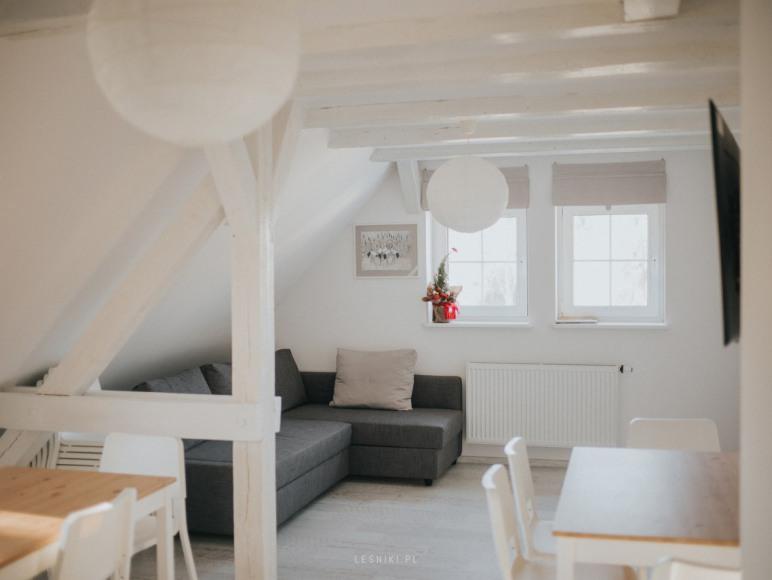 Wspólna kuchnia dla pokoi na piętrze.