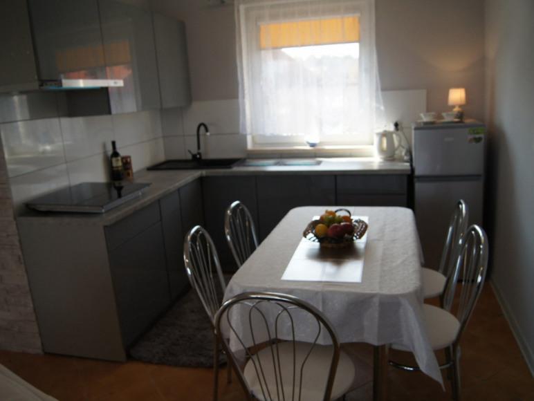 dom 2 kuchnia