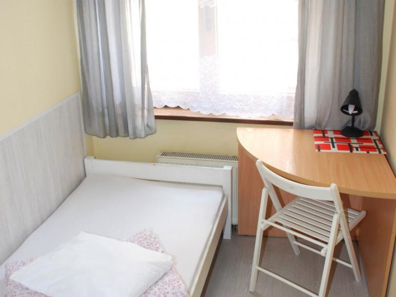 Hostel Rynek 7 Katowice - pokój 1-osobowy