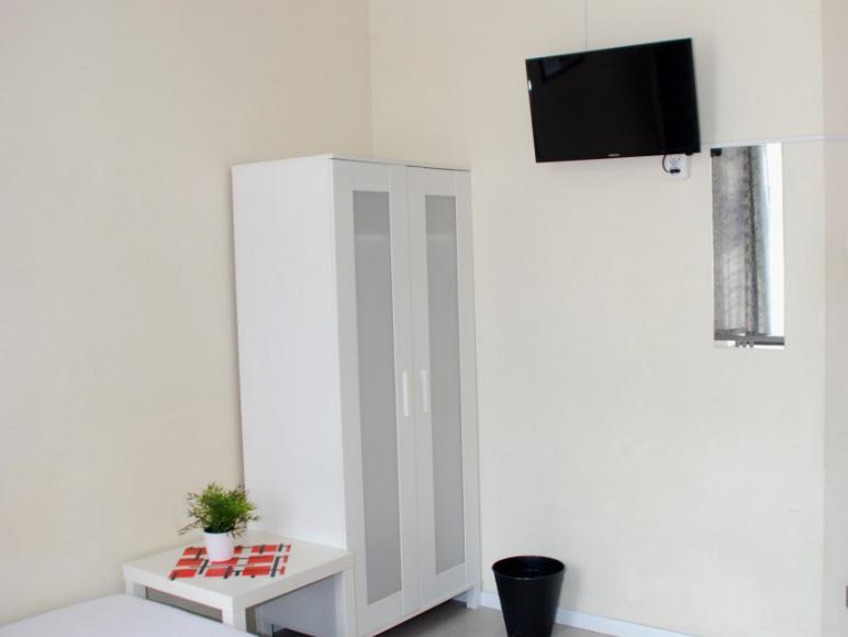 Hostel Rynek 7 Katowice - pokój 3-osobowy