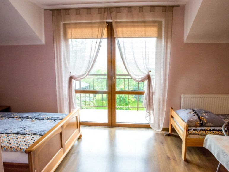 Duże pokoje od dziś lub jutra