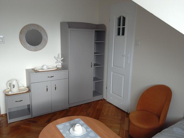 pokój nr 5 (3 os z łazienką