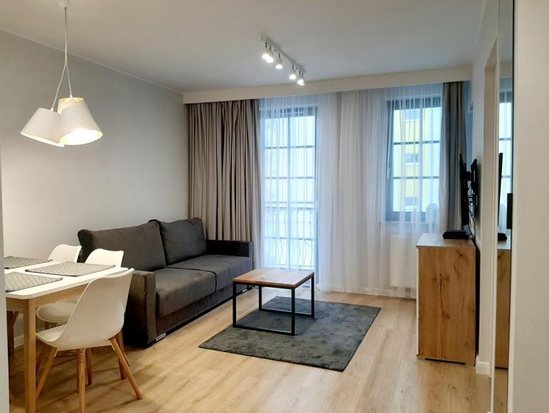 Apartament Eli - Salon z balkonem