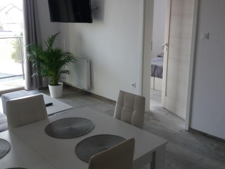 Apartament 4/5 os. z aneksem,balkon,łazienka