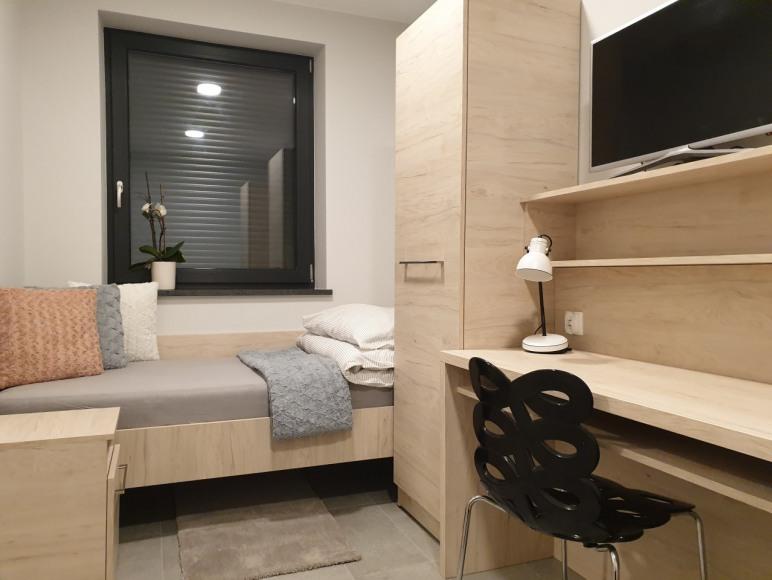 Pokój 2 -osobowy z łazienką i kuchnią