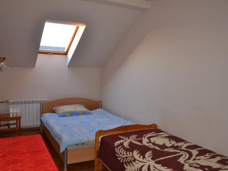 Pokój 2-os. (łóżko małżeńskie)