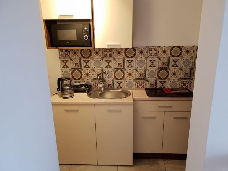 Pokoj 4 z aneksem kuchennym